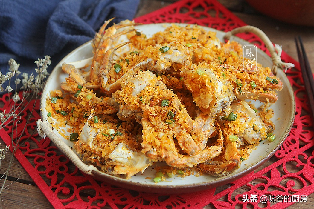 過年螃蟹不只清蒸,這樣做更美味,又香又脆,大人小孩都喜歡