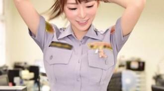 好想被她逮捕…「全台最正女警」非她莫屬!