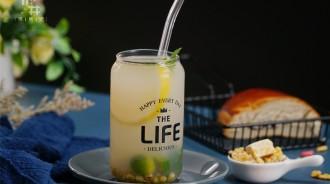 三伏天給孩子榨這7款鮮果汁,清熱解膩,酸甜可口,降暑必備